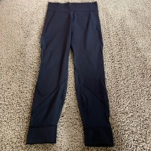 Lululemon black leggings size 10